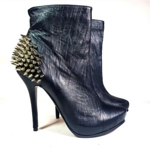 NEW Black Spike Heels Size 8